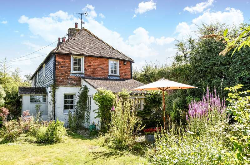 3 Bedrooms Semi Detached House for sale in Pulborough Road, Cootham, Storrington, RH20