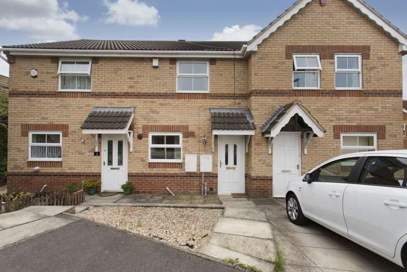 2 Bedrooms Town House for sale in 5 Piperwell Close, Heckmondwike, WF16 9QF