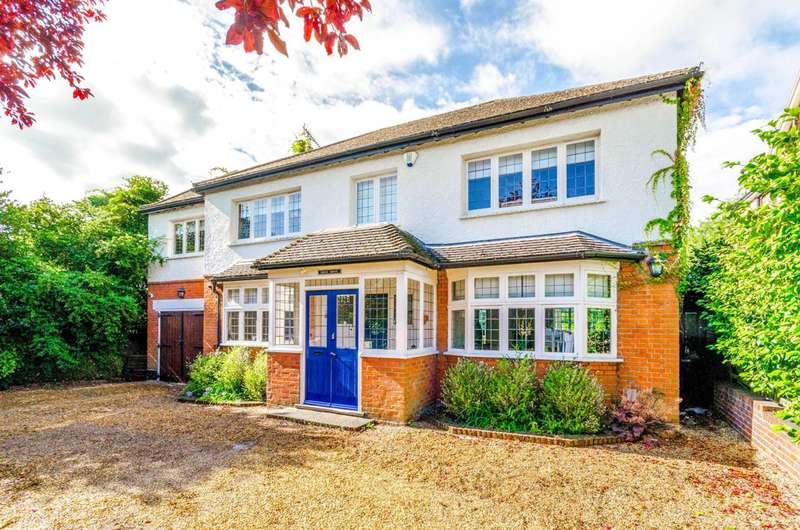 4 Bedrooms House for sale in Ollards Grove, Loughton, IG10