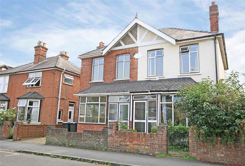 3 Bedrooms Semi Detached House for sale in Station Road, West Byfleet, Surrey, KT14