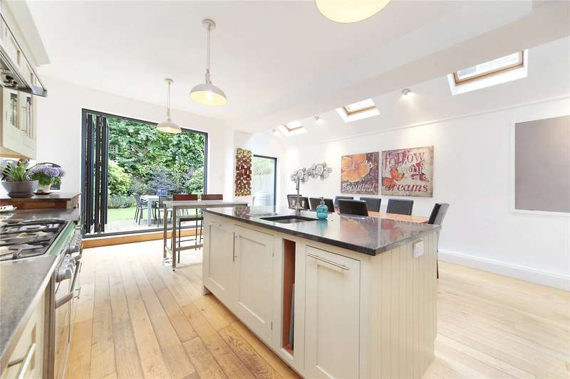 4 Bedrooms House for sale in Osward Road, Balham, London, SW17