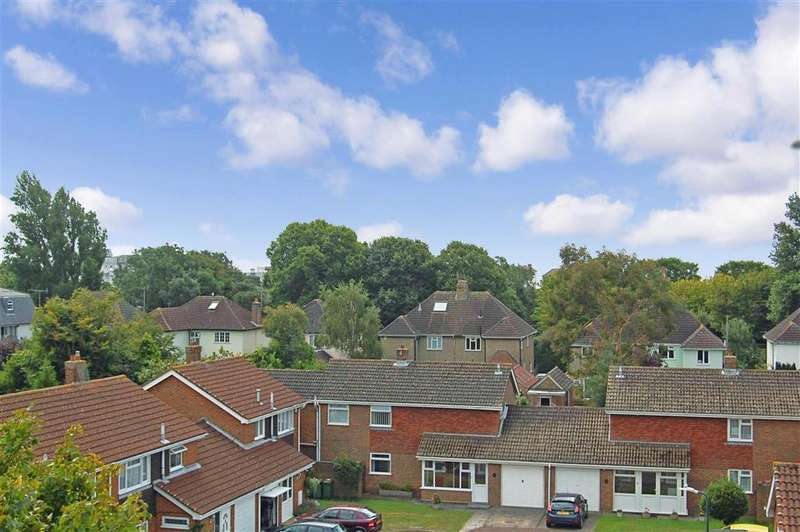 1 Bedroom Flat for sale in East Street, Hythe, Kent