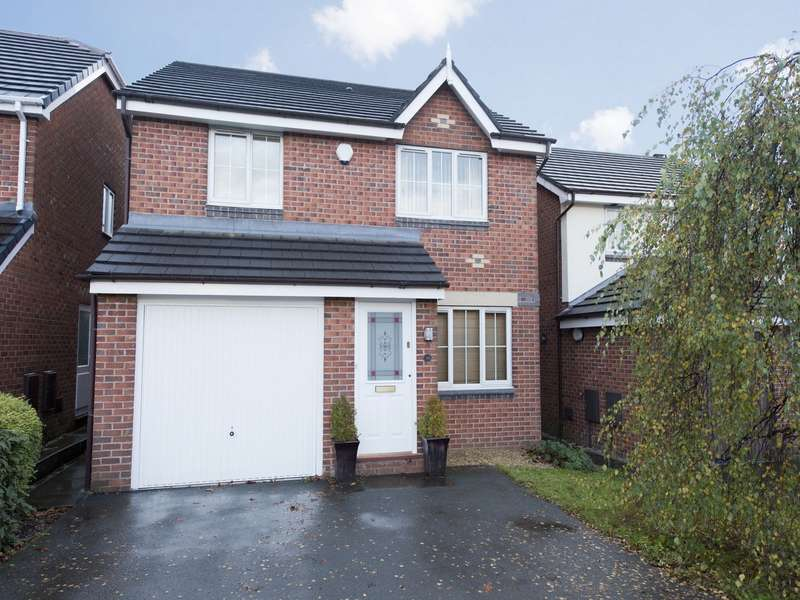 4 Bedrooms Detached House for sale in Farleigh Close, Westhoughton, Bolton, Lancashire