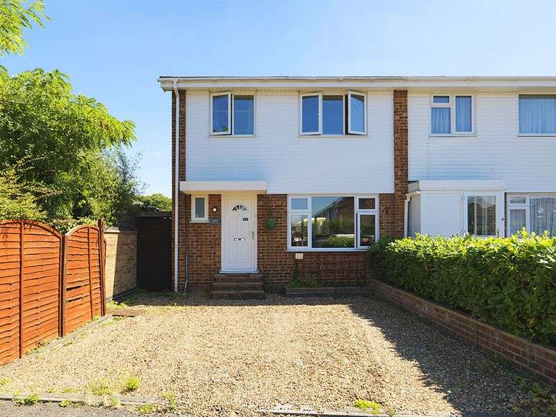 3 Bedrooms House for sale in Fleetside, West Molesey, KT8