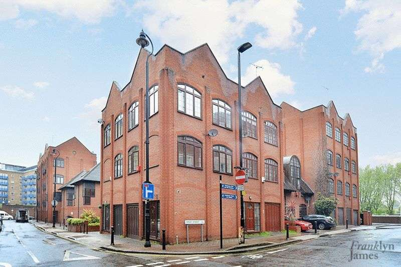 2 Bedrooms House for sale in St. Georges Square, Limehouse, E14