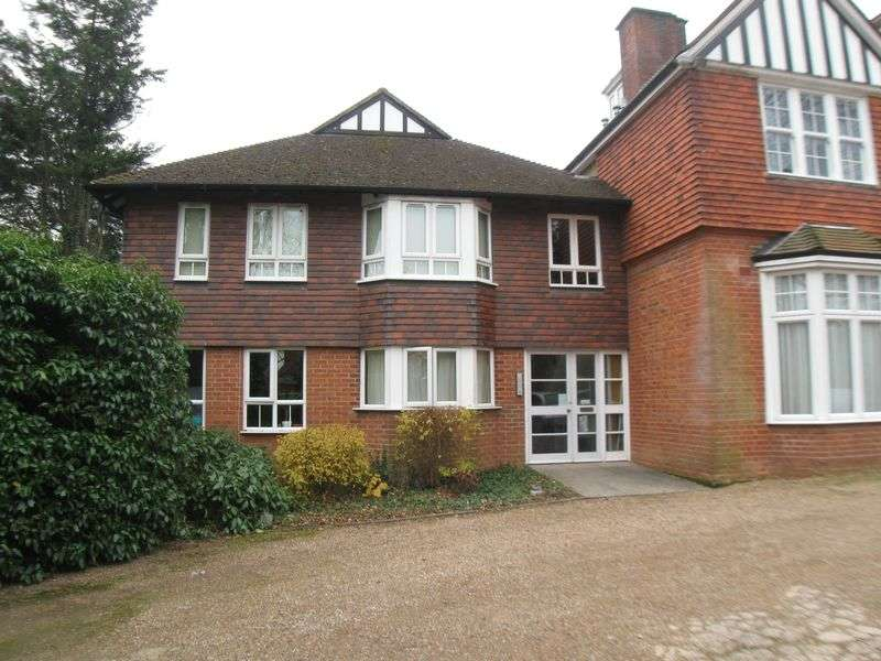 1 Bedroom Flat for sale in Appletrees, 89a London Road, Tonbridge, Kent, TN10 3AJ