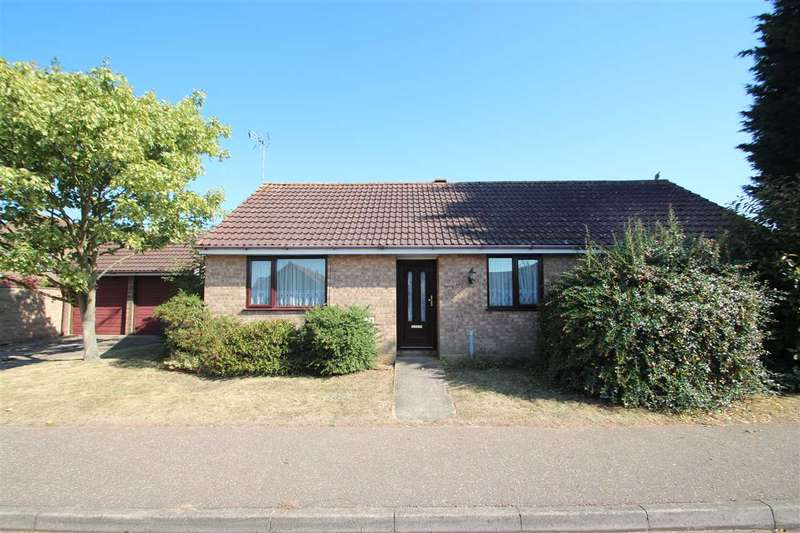 3 Bedrooms Bungalow for sale in Hampstead Avenue, Clacton-On-Sea