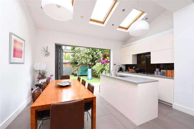 4 Bedrooms Terraced House for sale in Mount Road, London, SW19