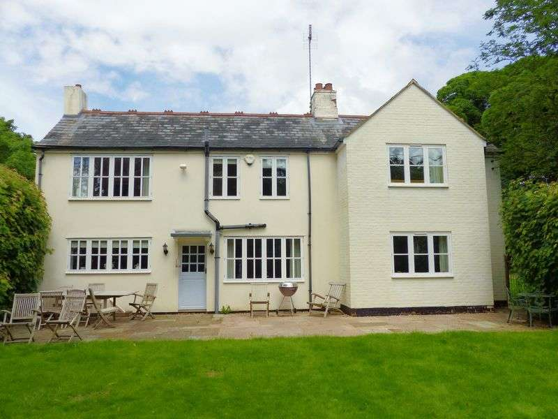 5 Bedrooms Detached House for sale in Northend, Buckinghamshire