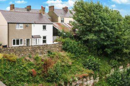 2 Bedrooms Semi Detached House for sale in Railway View, Conwy, Conwy, LL32