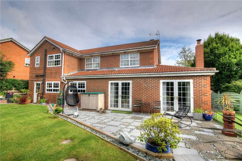 4 Bedrooms Detached House for sale in Denwick Close, Chester Le Street, Co Durham, DH2