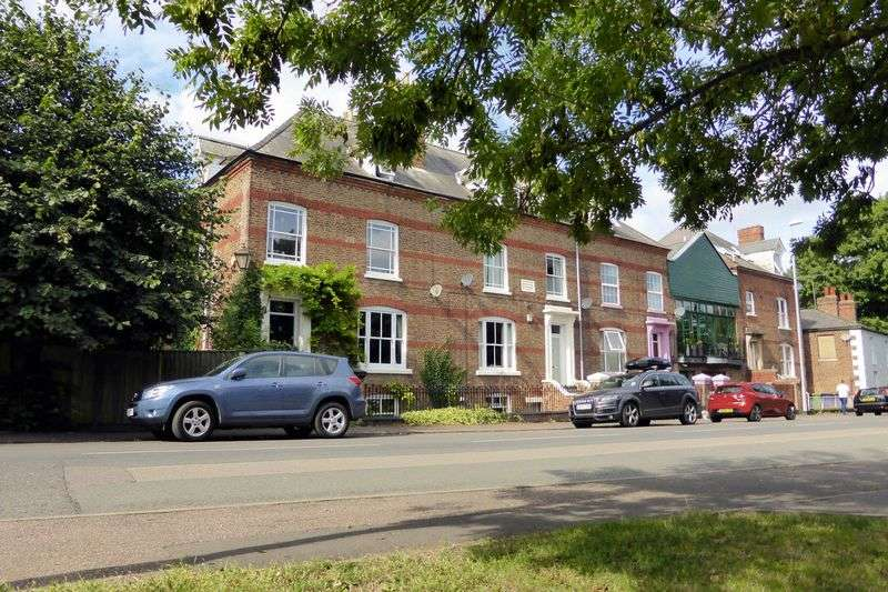 4 Bedrooms House for sale in Elm Road, Wisbech, Cambridgeshire