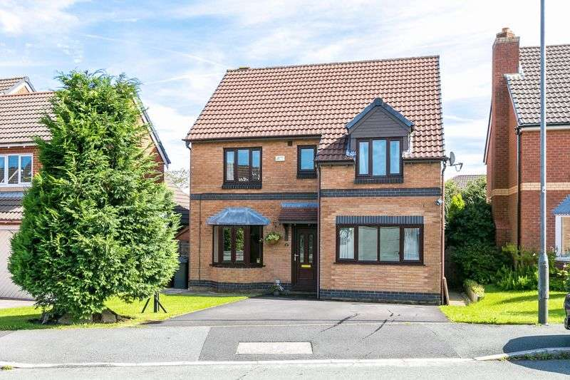 4 Bedrooms Detached House for sale in Hampstead Road, Standish, WN6 0RR