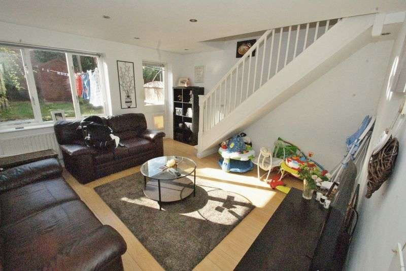 2 Bedrooms Terraced House for sale in Chafford Hundred