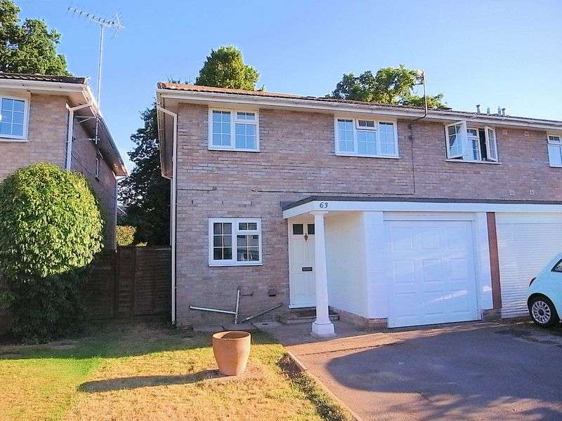4 Bedrooms Terraced House for sale in Cumberland Avenue, Guildford