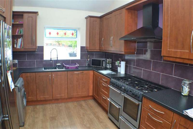 3 Bedrooms Property for sale in Henrietta Street, Ashton-under-lyne, Lancashire, OL6