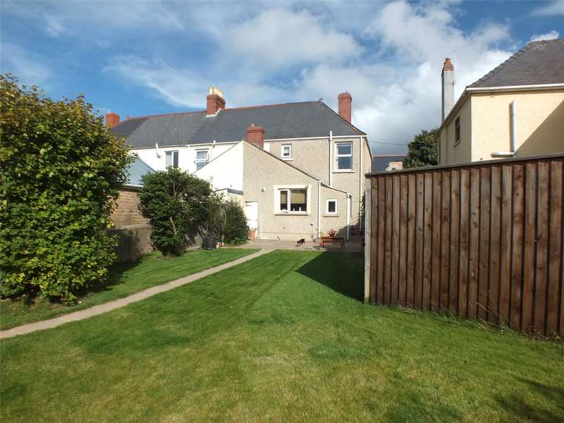 3 Bedrooms End Of Terrace House for sale in Great North Road, Milford Haven, Pembrokeshire