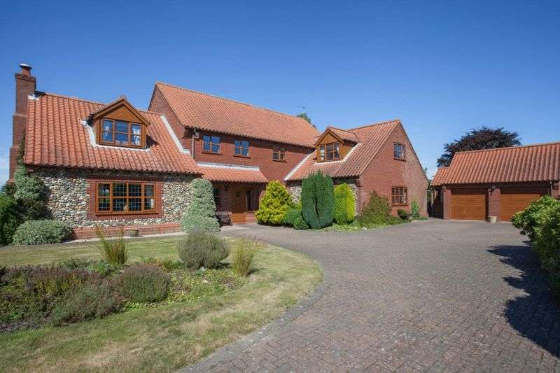 4 Bedrooms Detached House for sale in Blundeston, Suffolk