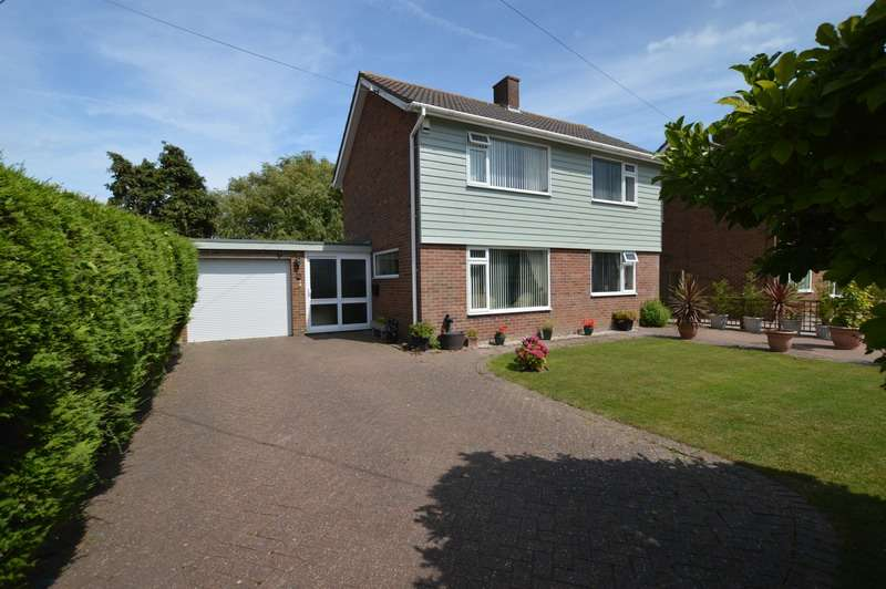4 Bedrooms Detached House for sale in Tudor Avenue, Romney Marsh, Kent, TN29