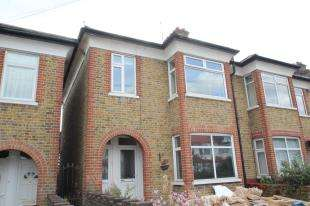 2 Bedrooms Maisonette Flat for sale in Brampton Road, Croydon, Surrey