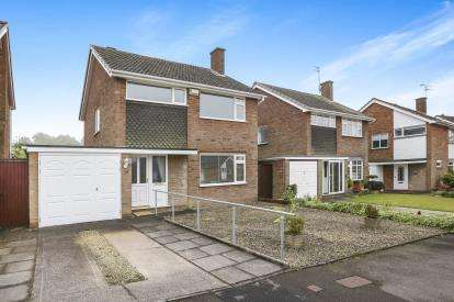 3 Bedrooms Detached House for sale in Camberley Drive, Off Sandhurst Drive, Wolverhampton, West Midlands