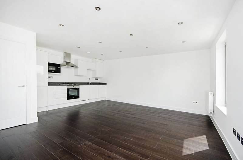 2 Bedrooms Flat for sale in Willesden Lane, Willesden, NW6