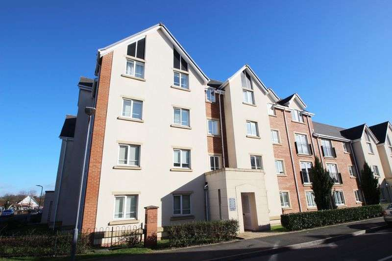 2 Bedrooms Flat for sale in Cordelia Close, Stratford-Upon-Avon