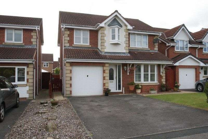 4 Bedrooms Detached House for sale in Simonside Grove, Ingleby Barwick TS17 0PE