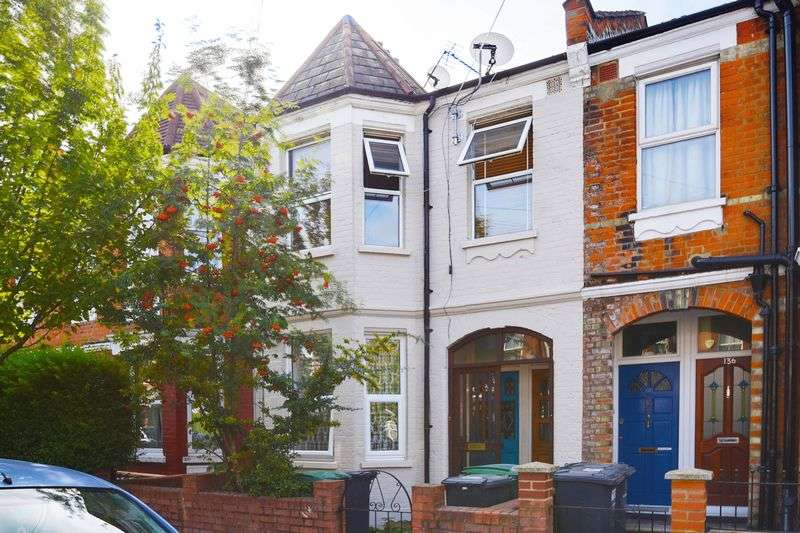 2 Bedrooms Property for sale in Maryland Road, Wood Green, N22