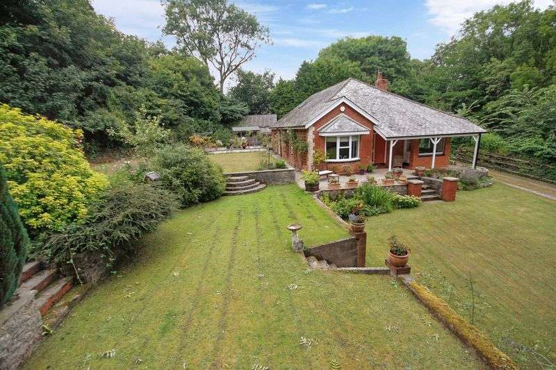 4 Bedrooms Detached Bungalow for sale in Abbotskerswell