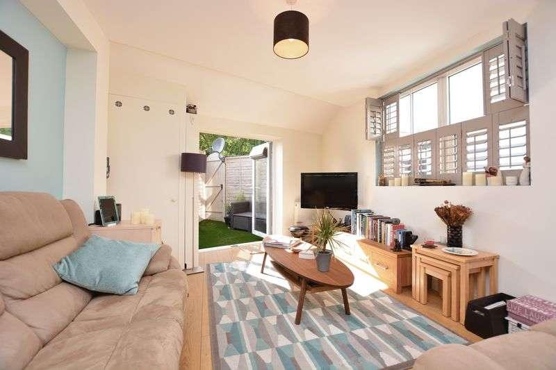 1 Bedroom Flat for sale in High Street, Hampton Wick