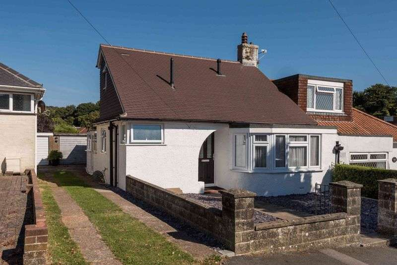 3 Bedrooms Bungalow for sale in Eskbank Avenue, Patcham, Brighton,
