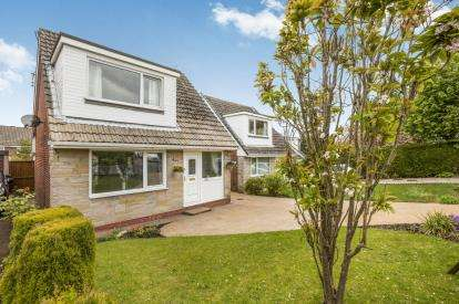 3 Bedrooms Detached House for sale in Lydgate, Burnley, Lancashire