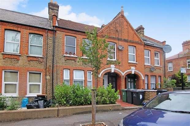 2 Bedrooms Flat for sale in Harris Street, Walthamstow, London