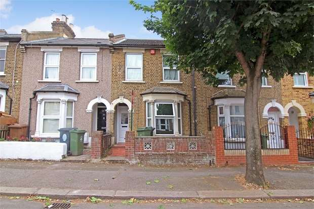 2 Bedrooms Terraced House for sale in Clacton Road, Walthamstow, London