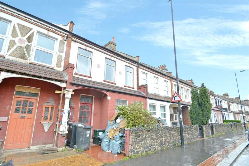 3 Bedrooms Terraced House for sale in Portland Road, London