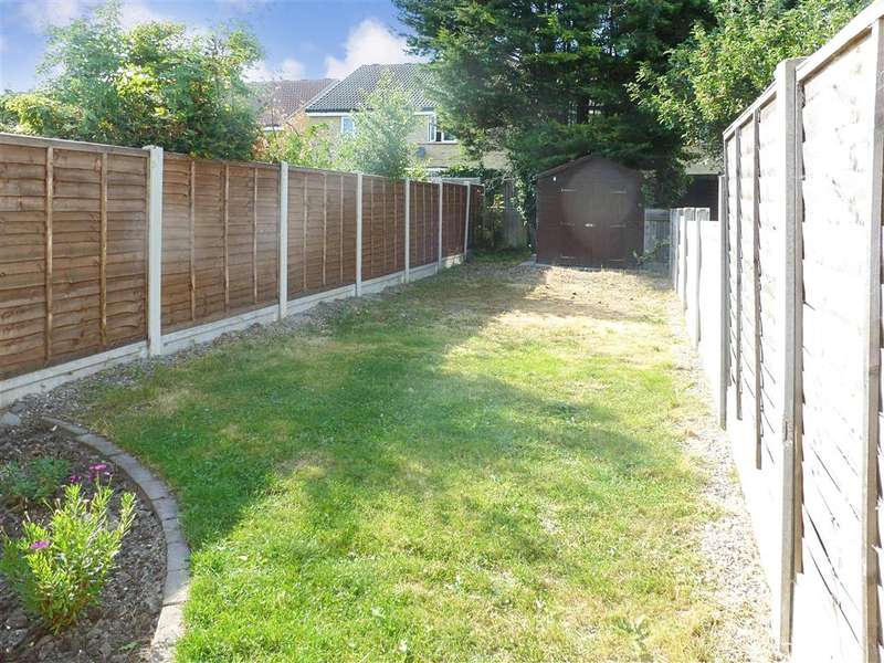 2 Bedrooms Terraced House for sale in Cecil Road, Gravesend, Kent