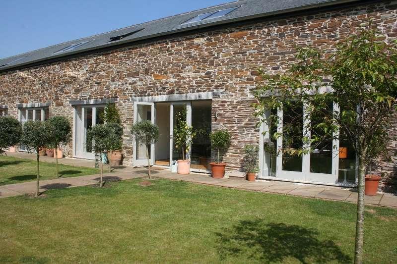 3 Bedrooms House for sale in Ashton, Hernaford Barns, Harbertonford, Totnes