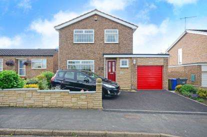 3 Bedrooms Detached House for sale in Holme Hall Crescent, Chesterfield, Derbyshire
