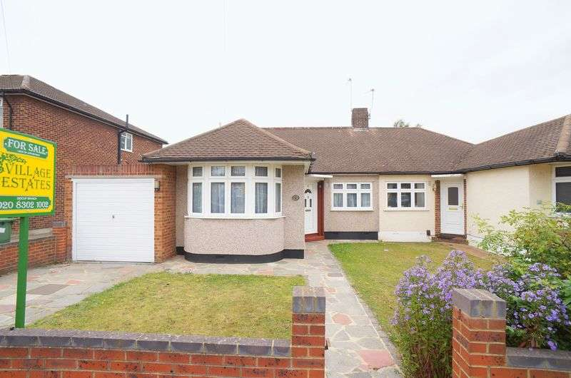 4 Bedrooms Semi Detached Bungalow for sale in Onslow Drive, Sidcup, DA14 4PB