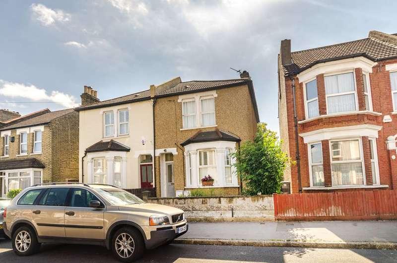 1 Bedroom Flat for sale in Woodside Road, South Norwood, SE25