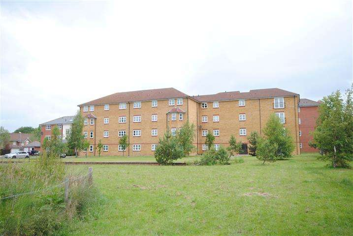 2 Bedrooms Apartment Flat for sale in Carina Court, Aigburth, Liverpool, L17