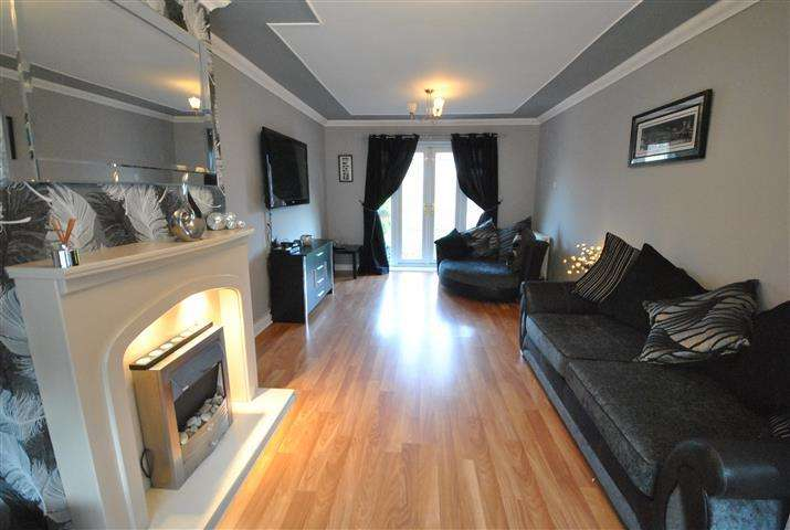 3 Bedrooms Terraced House for sale in Lee Vale Road, Gateacre, Liverpool, L25