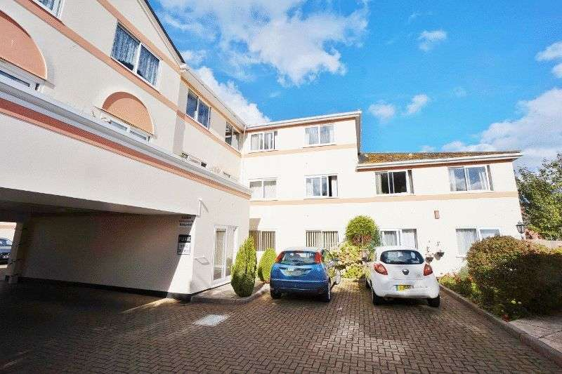 1 Bedroom Flat for sale in PAIGNTON Ref: AB37