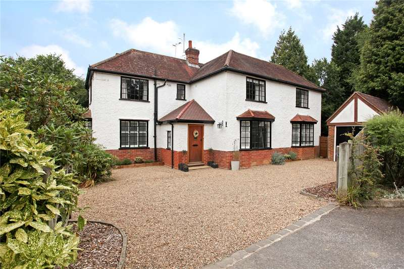 4 Bedrooms Detached House for sale in Grove Road, Cranleigh, Surrey, GU6