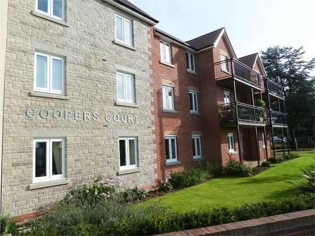 1 Bedroom Flat for sale in Blue Cedar Close, Yate, Bristol, Gloucestershire
