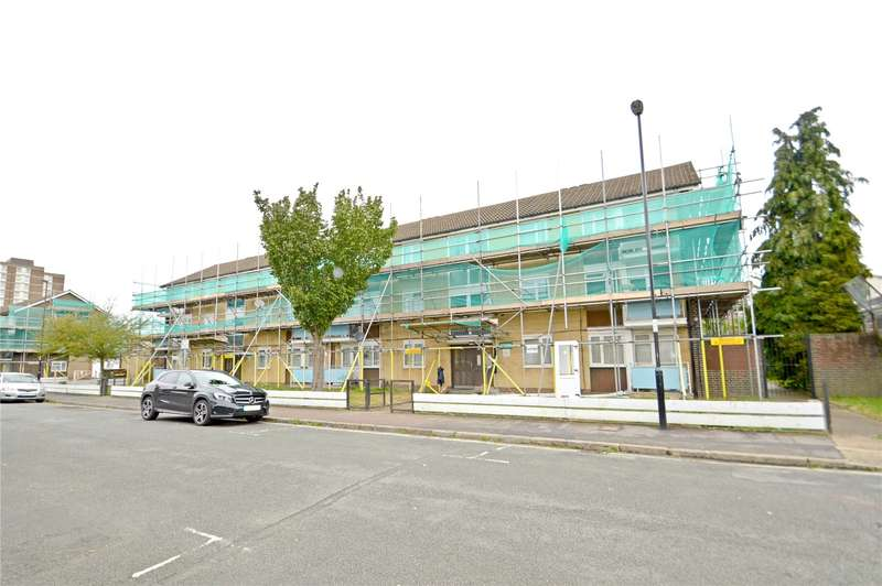 2 Bedrooms Apartment Flat for sale in Pridham Road, Thornton Heath