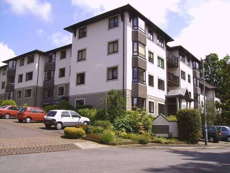 2 Bedrooms Retirement Property for sale in Penhaligon Court, Truro, TR1 1YB