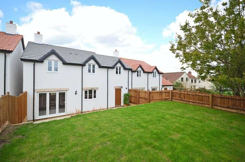 4 Bedrooms Semi Detached House for sale in Superb newly built property within wallking distance of Wedmore