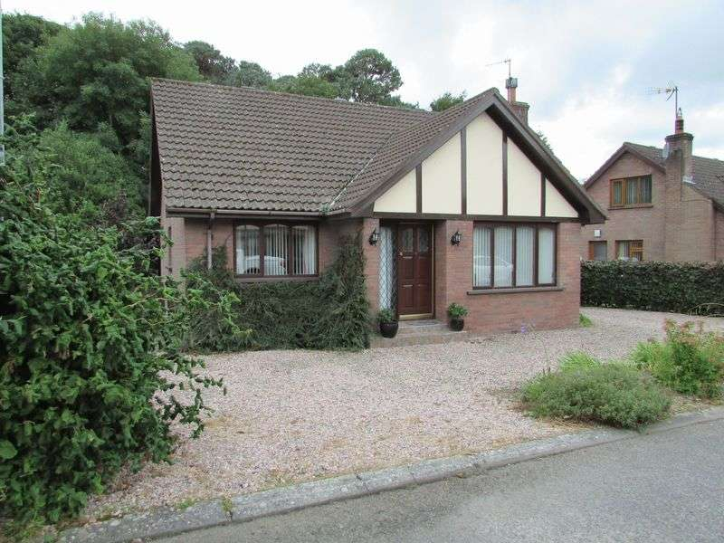 4 Bedrooms Detached House for sale in Detached Chalet Bungalow